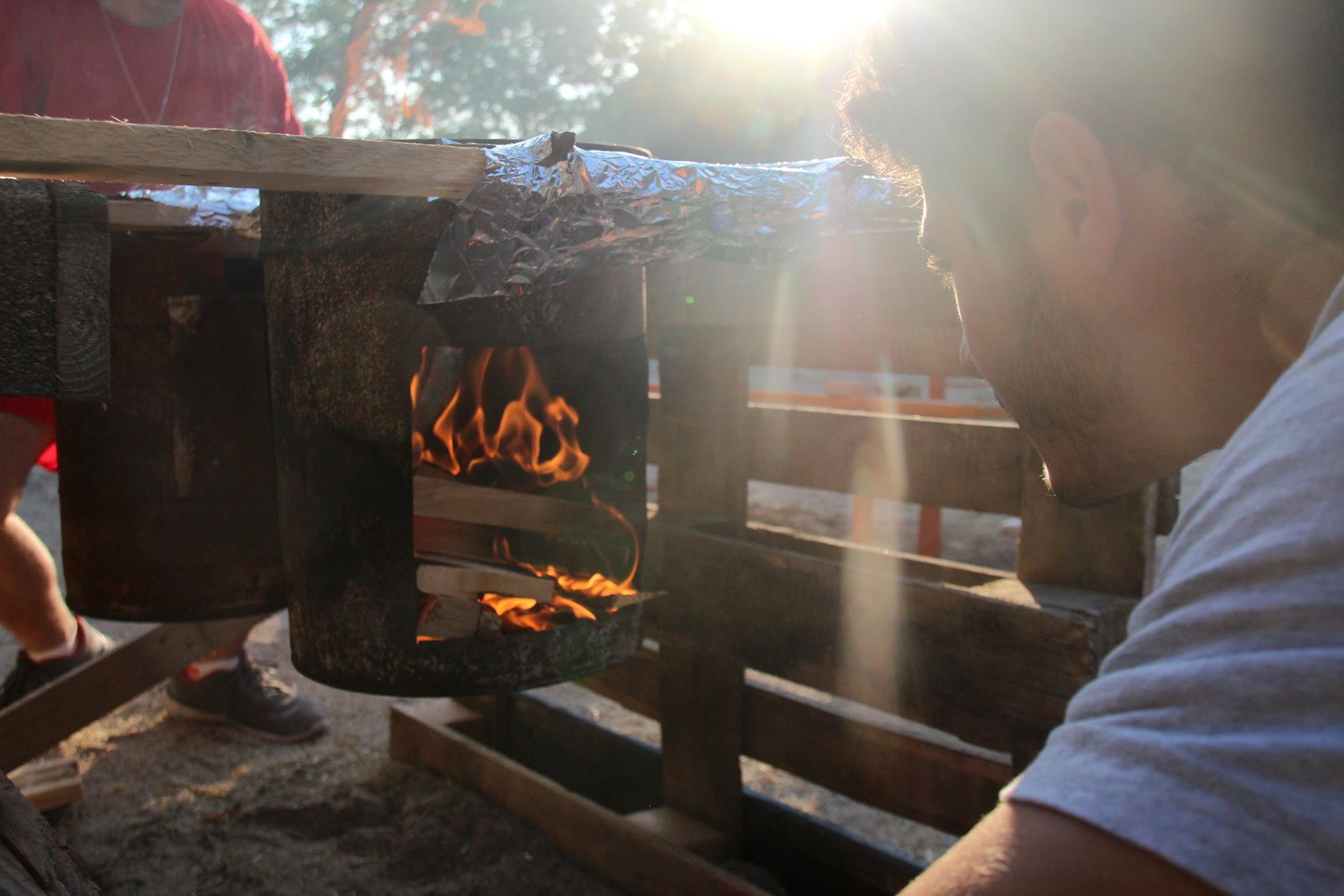 Bidoni roventi la gara di cucina su bidoni agesci salzano 1 for Idee per gara di cucina scout